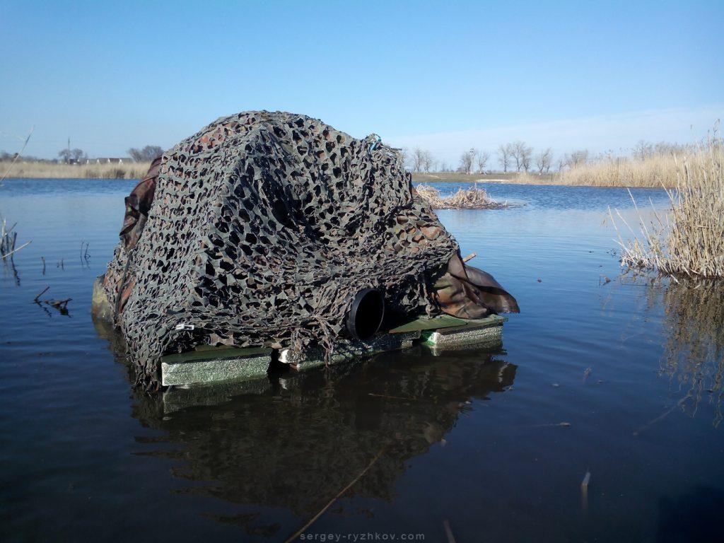 Перша версія плавучого намету для зйомки птахів