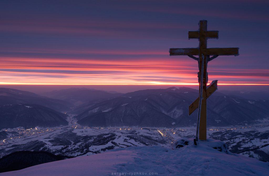 Сутінки над зимовою Колочавою