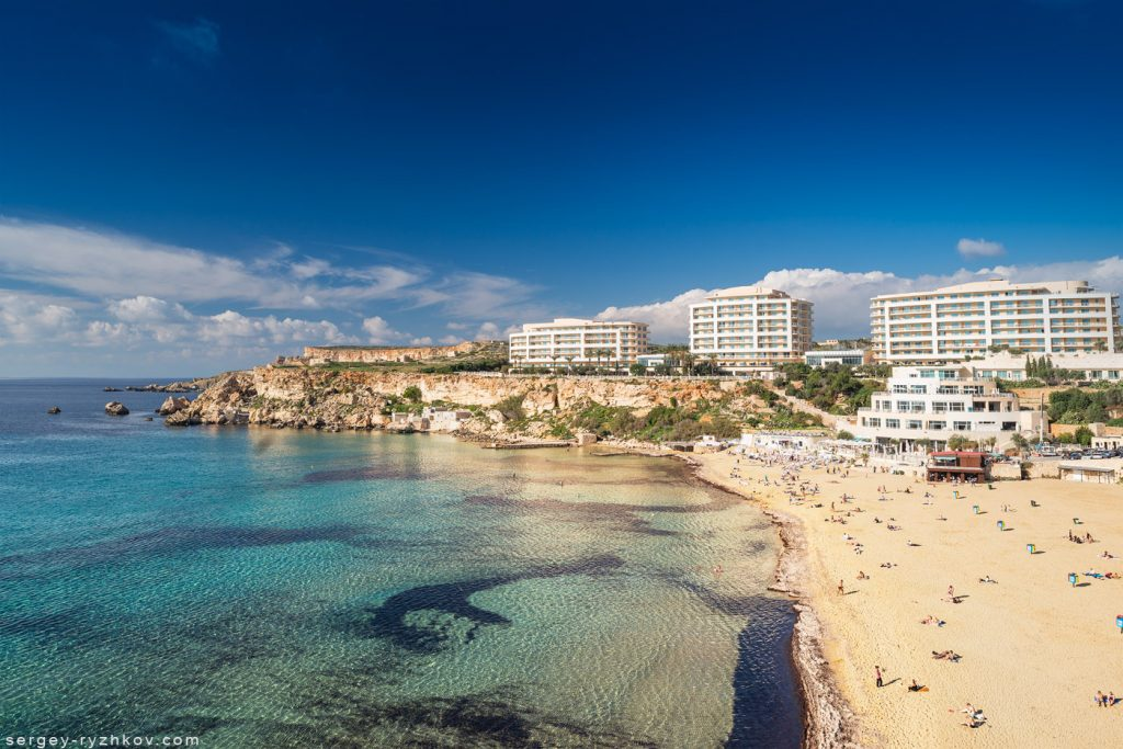 Golden Bay Beach, Rivera, Malta