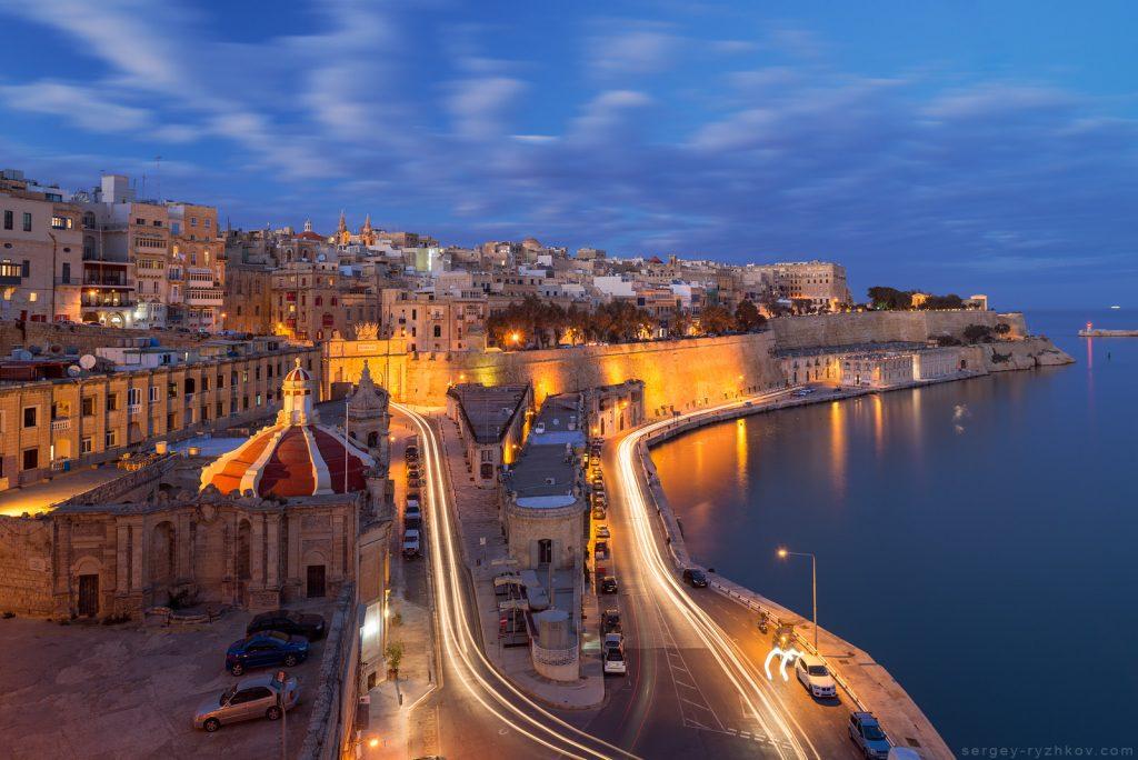 Вид на нічну столицю Мальти