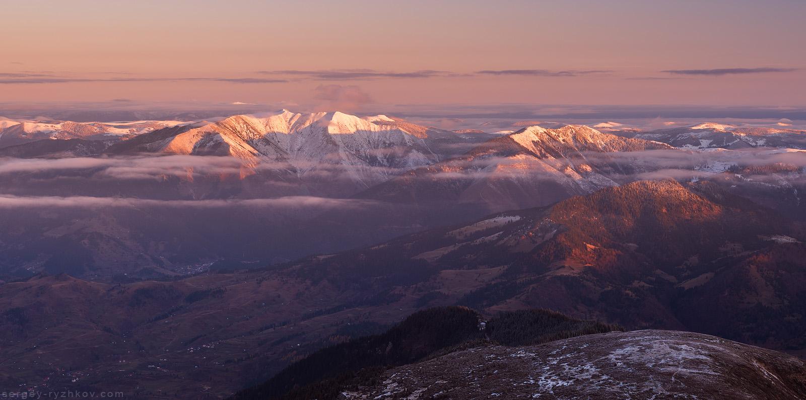 Вид на Мармароські гори з Родни