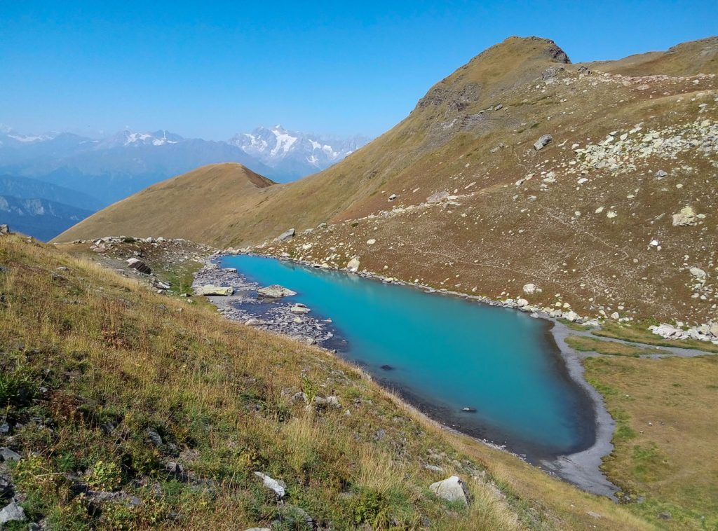 Удзіро - одне з найбільш важкодоступних озер Грузії