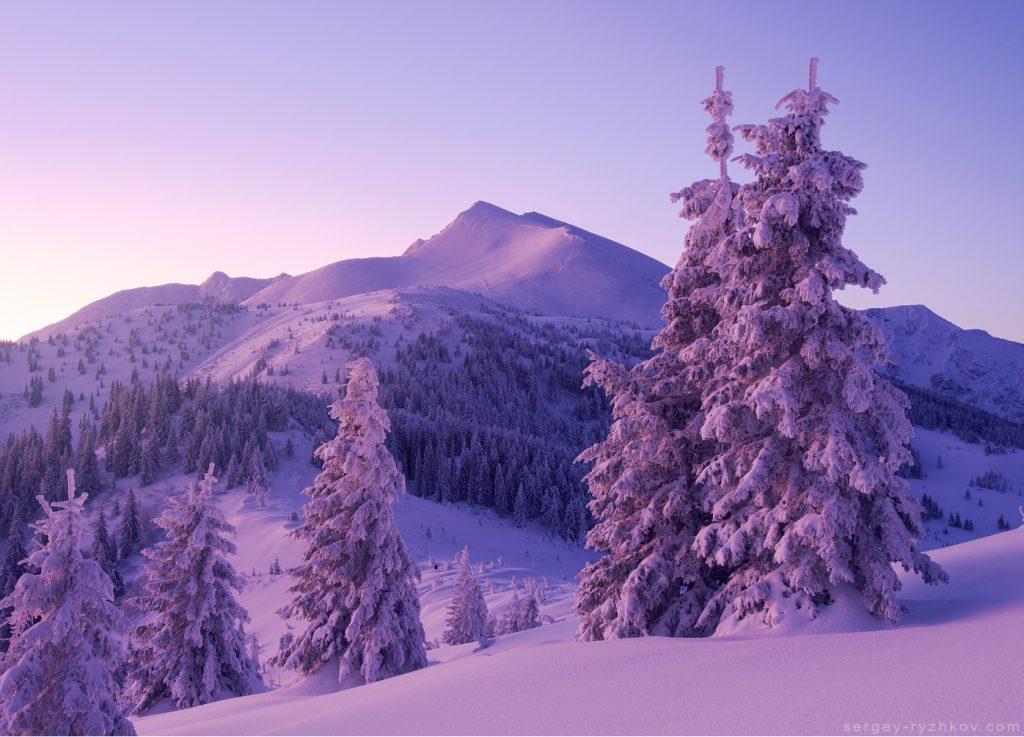 Вид на гору Піп-Іван взимку