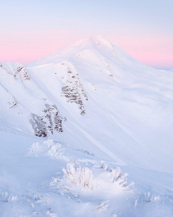 Зимовий пейзаж в Карпатах